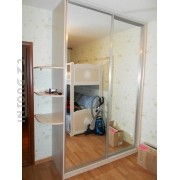 Шкаф-купе 2-х дверный зеркальный